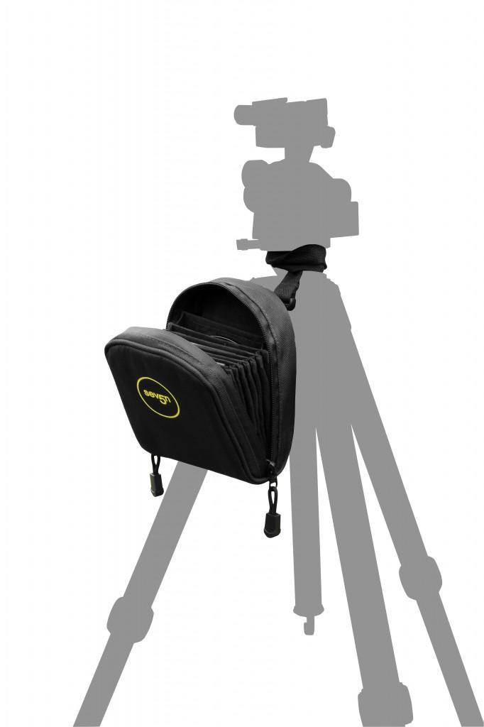 Seven5 System Pouch Black (tripod strap illustration)