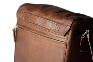 compagnon_medium_messenger_light_brown_109-5-5